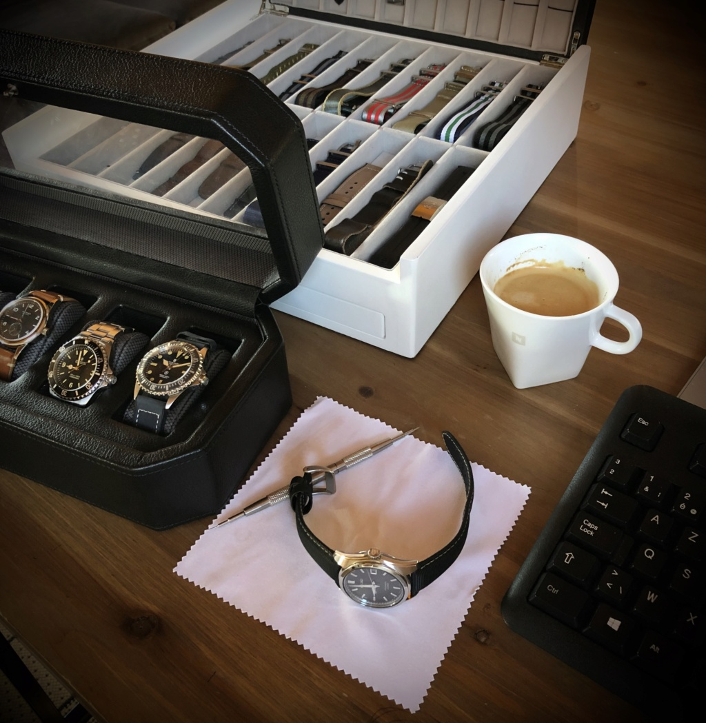 Pause café et montre (toutes marques) - tome III - Page 21 8d1eca10