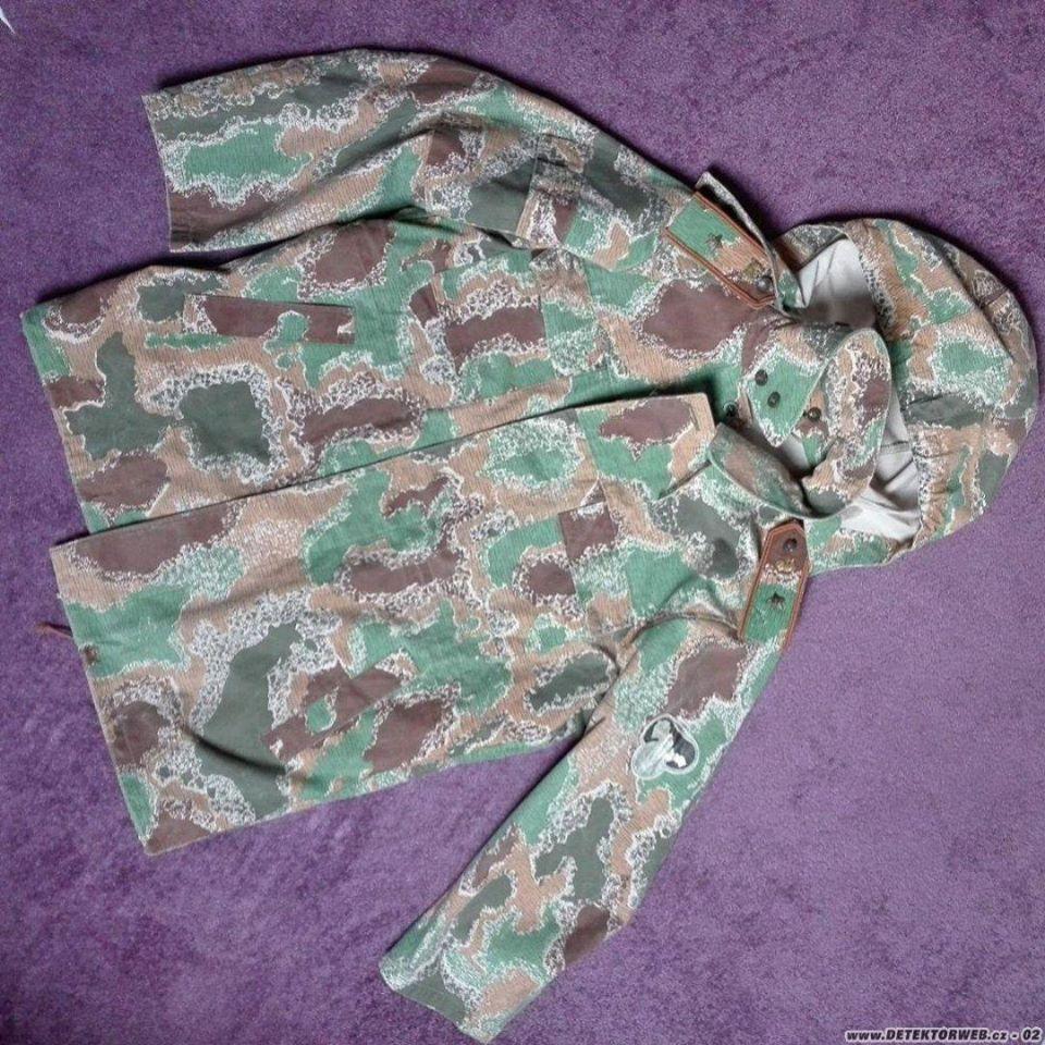 Czechoslovak border guards uniform 1990-1992 01_blz10