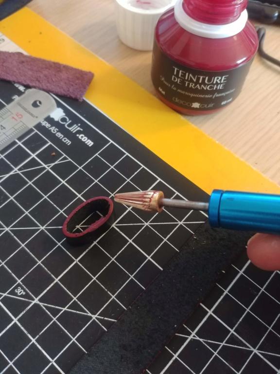 Cherche nato cuir : achat ou fab sur mesure pour petit poignet - Page 2 20200559