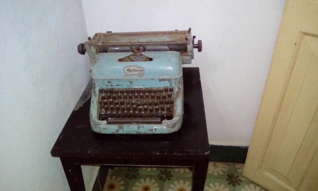 Musee Lezama Lima a la havane Img_2011