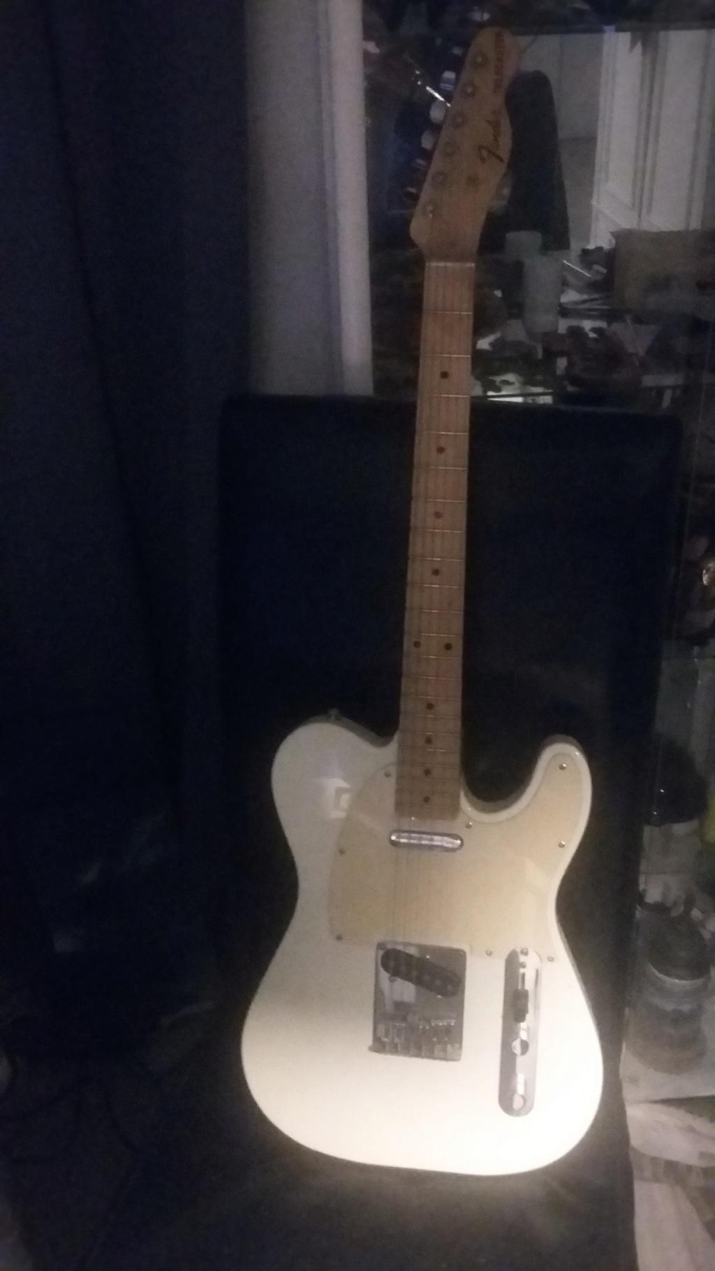 Guitares de légende Tele210