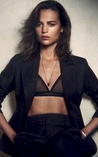 Alicia Vikander Alicia13
