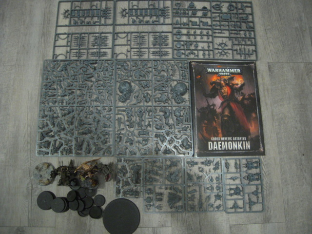 [VENTE/ECHANGE] A Song Of Ice & Fire, Bolt Action, AOS, Kill Team, 40k, Blood Bowl, Necromunda, Batman, Dark Souls, Wrath of King, Malifaux, Heroclix, Dead Man's Hand, Dracula's America...  40k_ch18