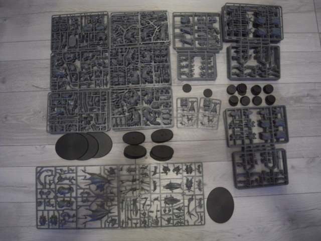 [VENTE/ECHANGE] A Song Of Ice & Fire, Bolt Action, AOS, Kill Team, 40k, Blood Bowl, Necromunda, Batman, Dark Souls, Wrath of King, Malifaux, Heroclix, Dead Man's Hand, Dracula's America...  Chaos_10