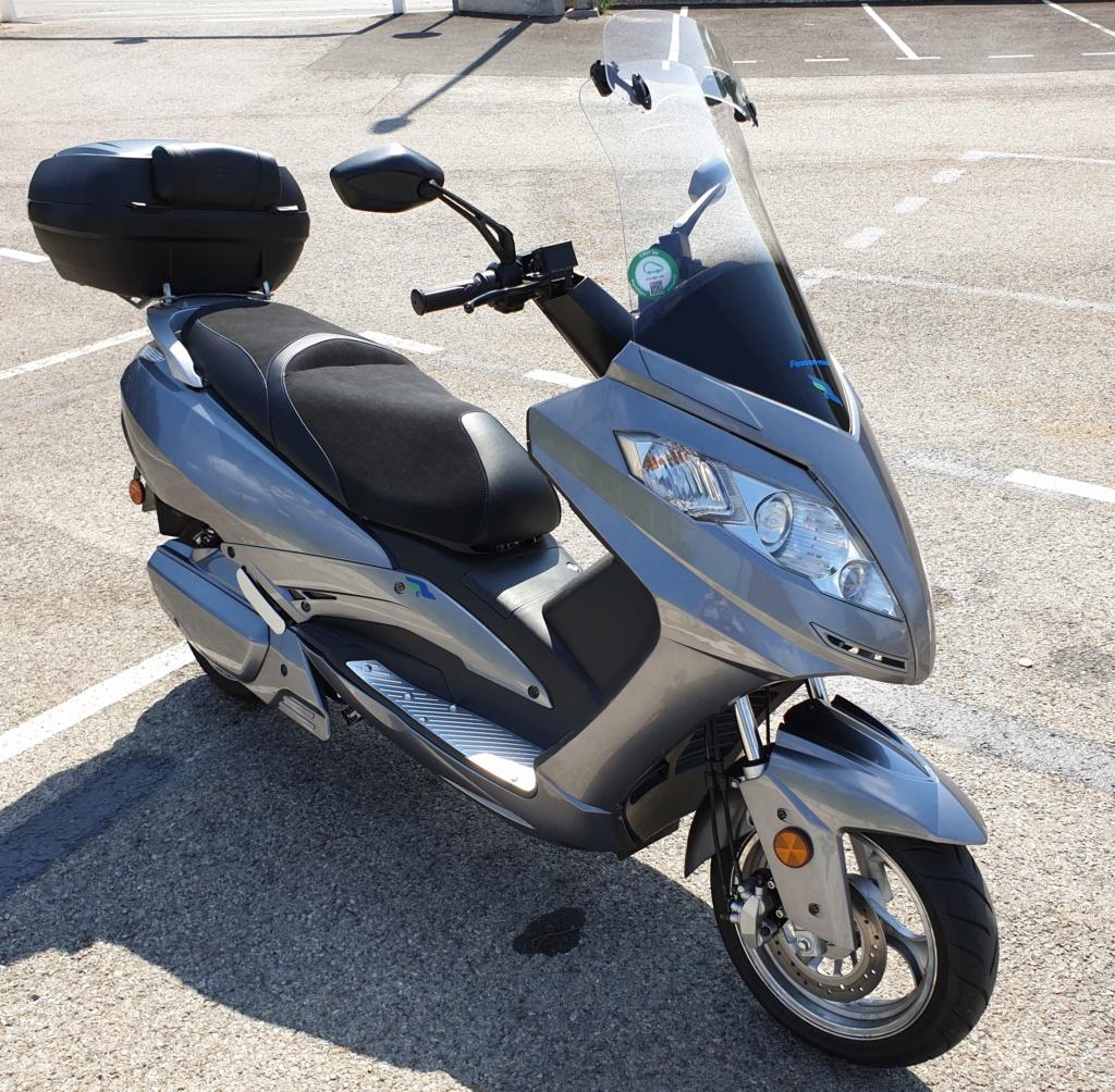 Faucon E9 un scooter électrique 125 rapide Faucon20