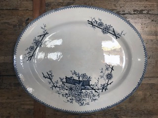 TONQUIN PATTERN JAPANESE AESTHETIC BLUE AND WHITE SERVING DISH Img_1025