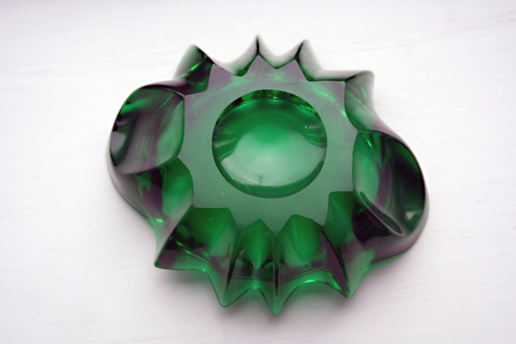 ANCHOR HOCKING FOREST GREEN GLASS PIN DISH?? Img_4710