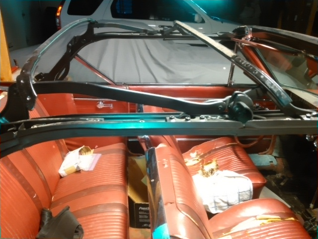 1962 Buick Skylark Convertible adustment Kimg0611