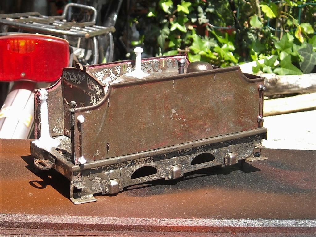 Restauration/rénovation de locomotives Hornby Dscn1913