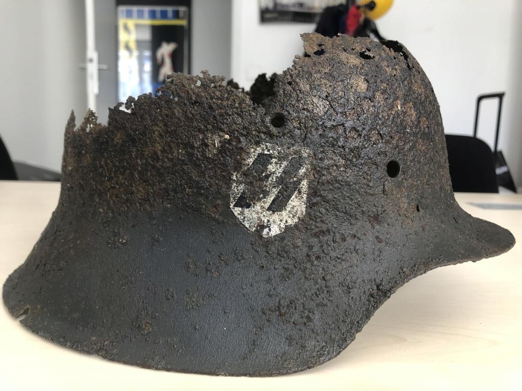Restes casque SS 09fe2310