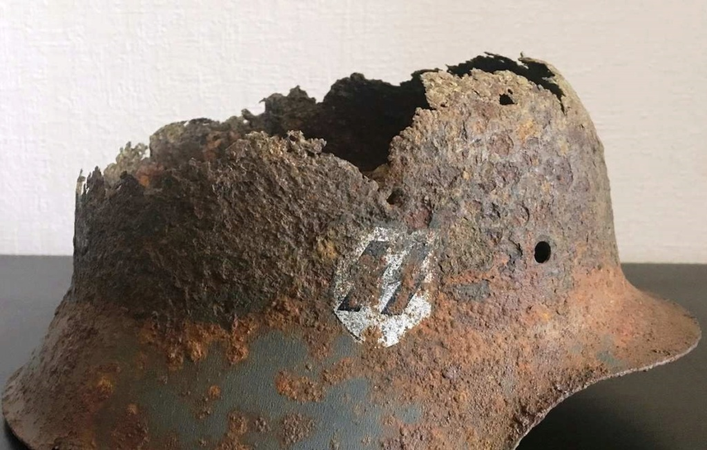 Restes casque SS 6fa19010