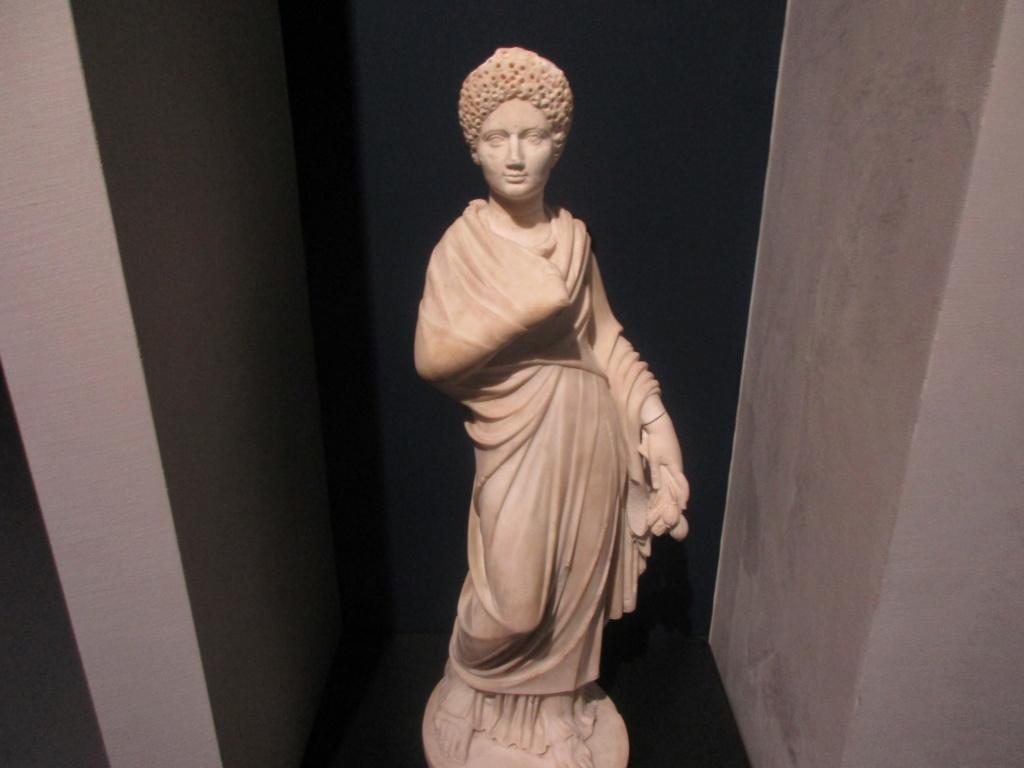 Pour le partage, Musée de la Romanité a Nimes Img_7011
