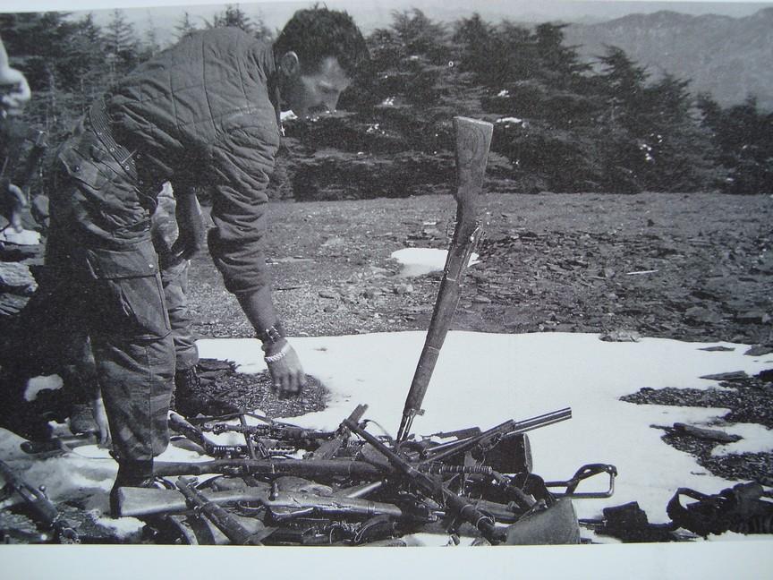 Combat dans les gorges de La Chiffa Algérie avril 1957 Photos74