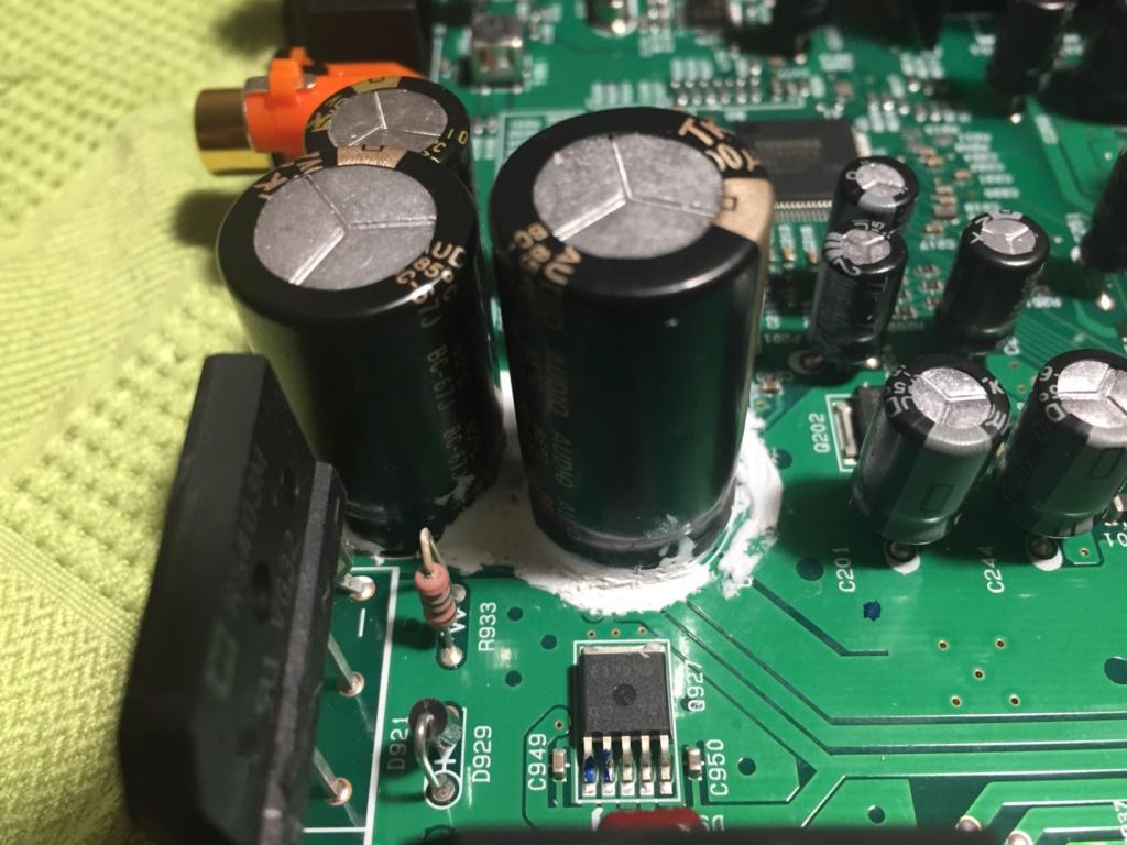 Sustituir condensadores electroliticos, pero... 3690f710