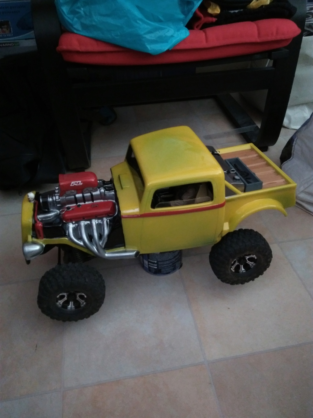 Carrosserie Hot Rod sur Chassis TRX-4 by Ruru - Page 2 Img_2012