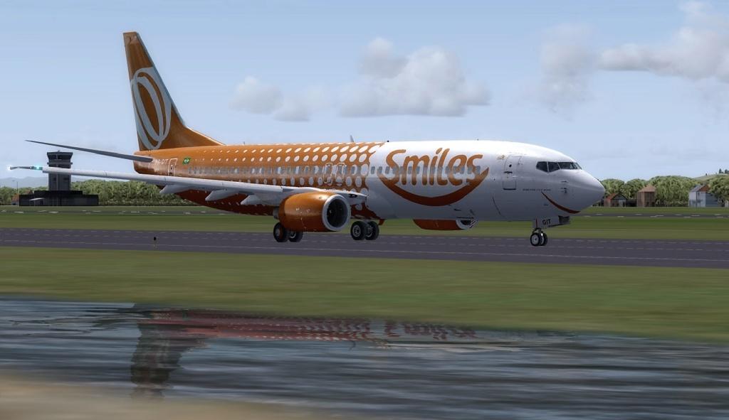 737-800 GOL 737-8017