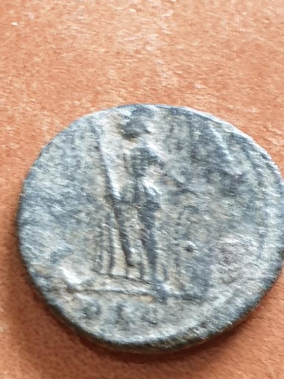 AE4 conmemorativo de la Ciudad de Constantinopla. Lyon 20200324