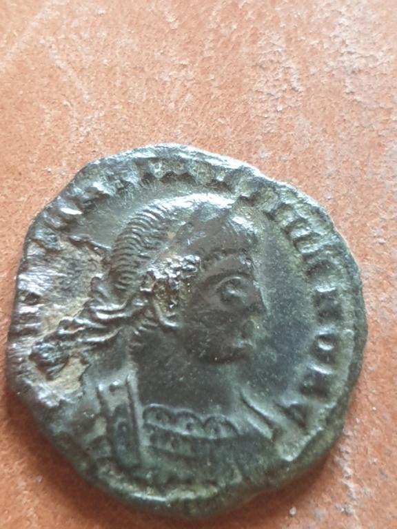 AE3 de Constancio II. GLORIA EXERCITVS. Siscia  20200338