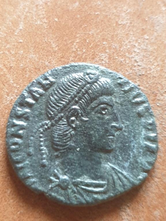AE3/4 de Constancio II. FEL TEMP REPARATIO. Roma 20200344