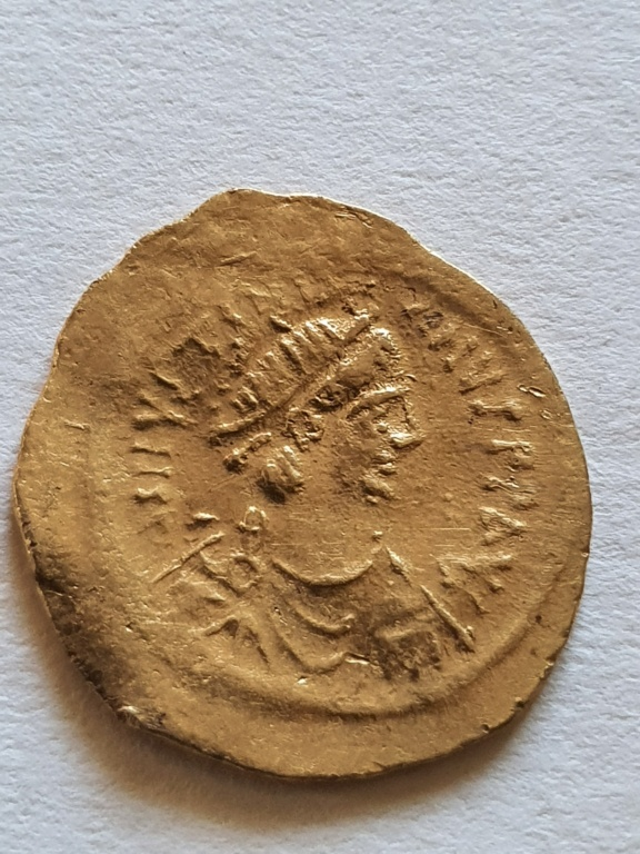 Tremis de Justiniano I. 20200838