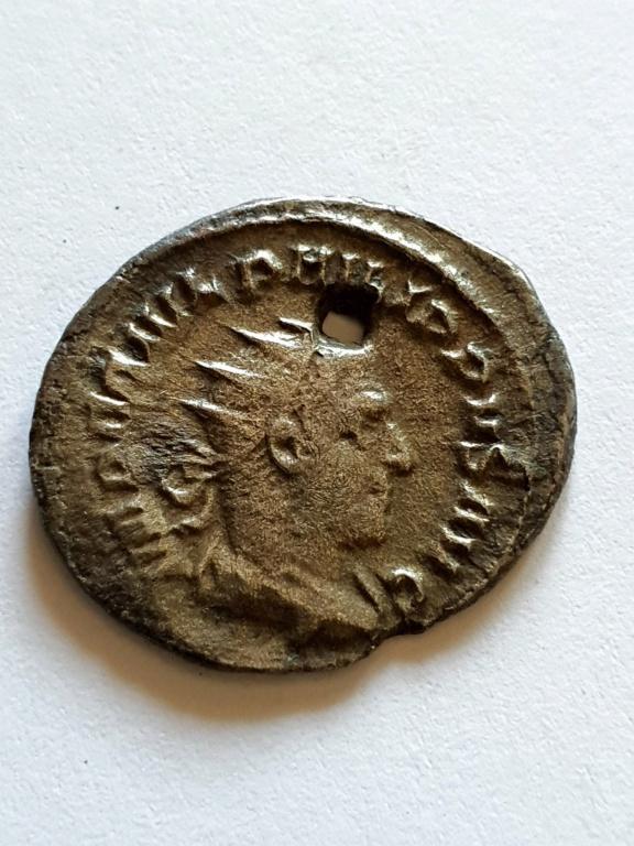 Antoniniano de Filipo I. PM TR P IIII COS II PP. Roma 20200914