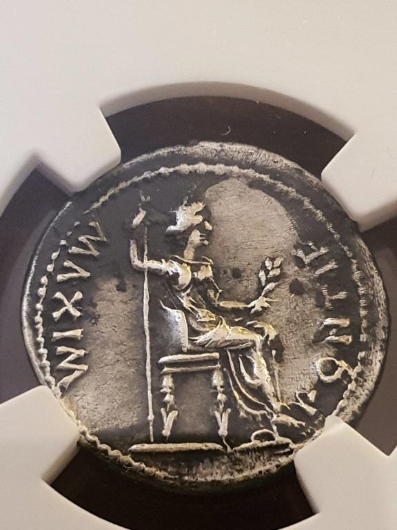 Denario del Tributo (Tiberio). PONTIF MAXIM. Lyon   Tiberi13
