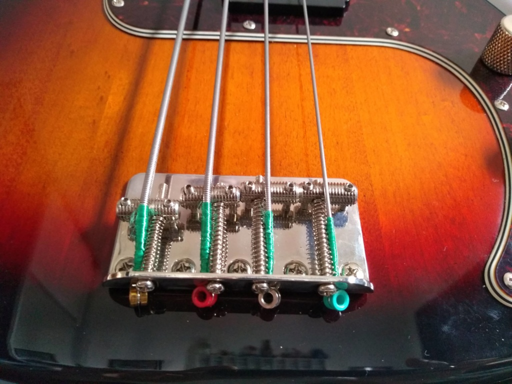 Squier Classic Vibe(2019) 60's Precision Bass Review quase Completa. Img_2030