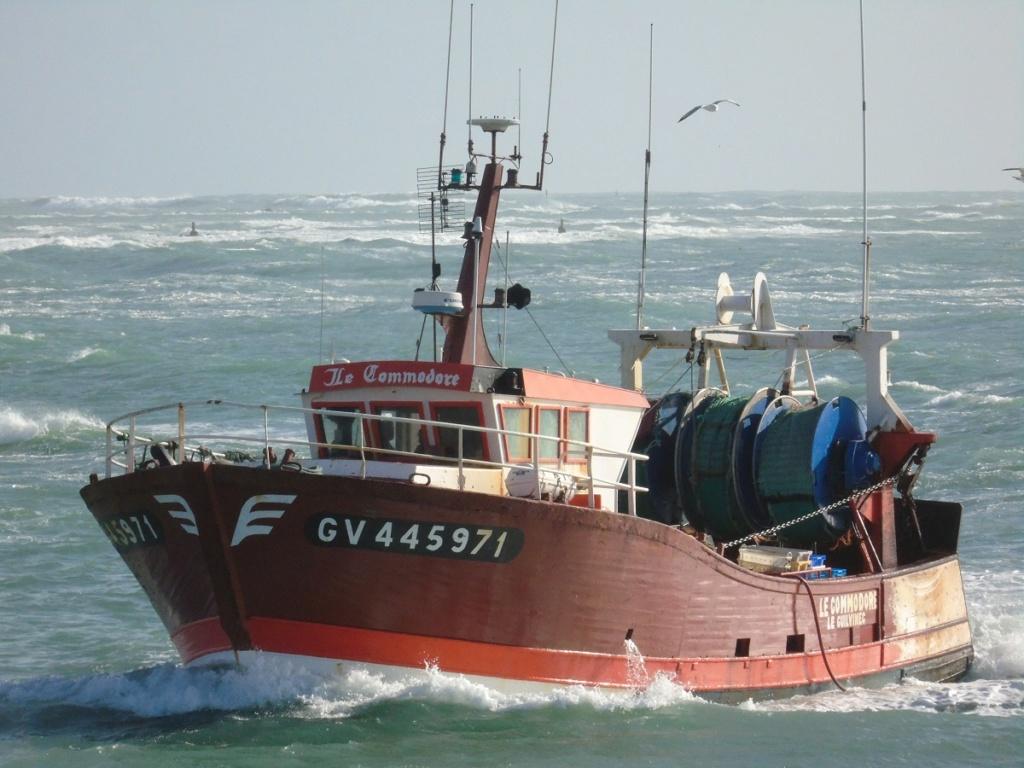 [VIE DES PORTS] Quelques bateaux de pêche (sur nos côtes Françaises) - Page 5 C510