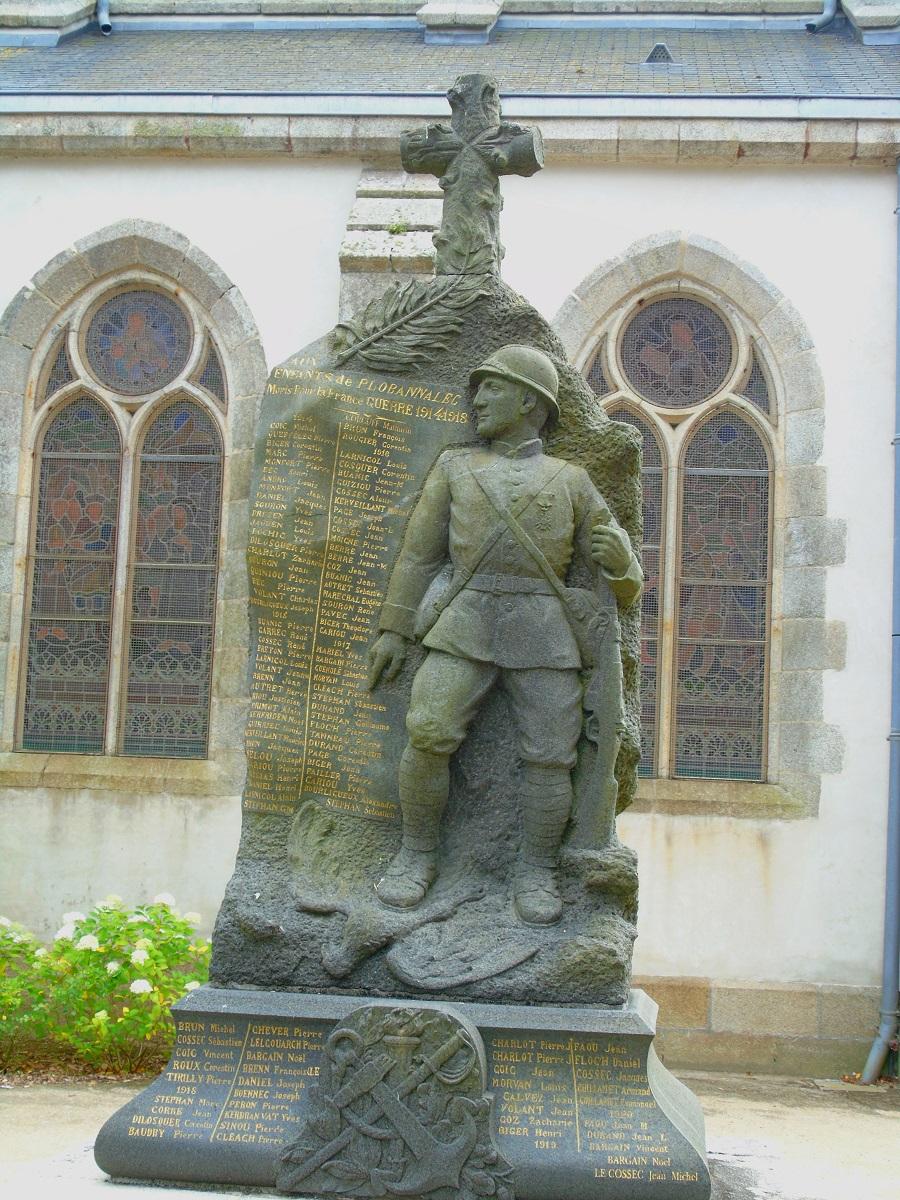 [ Histoires et histoire ] Monuments aux morts originaux Français Tome 2 - Page 17 Dsc00313