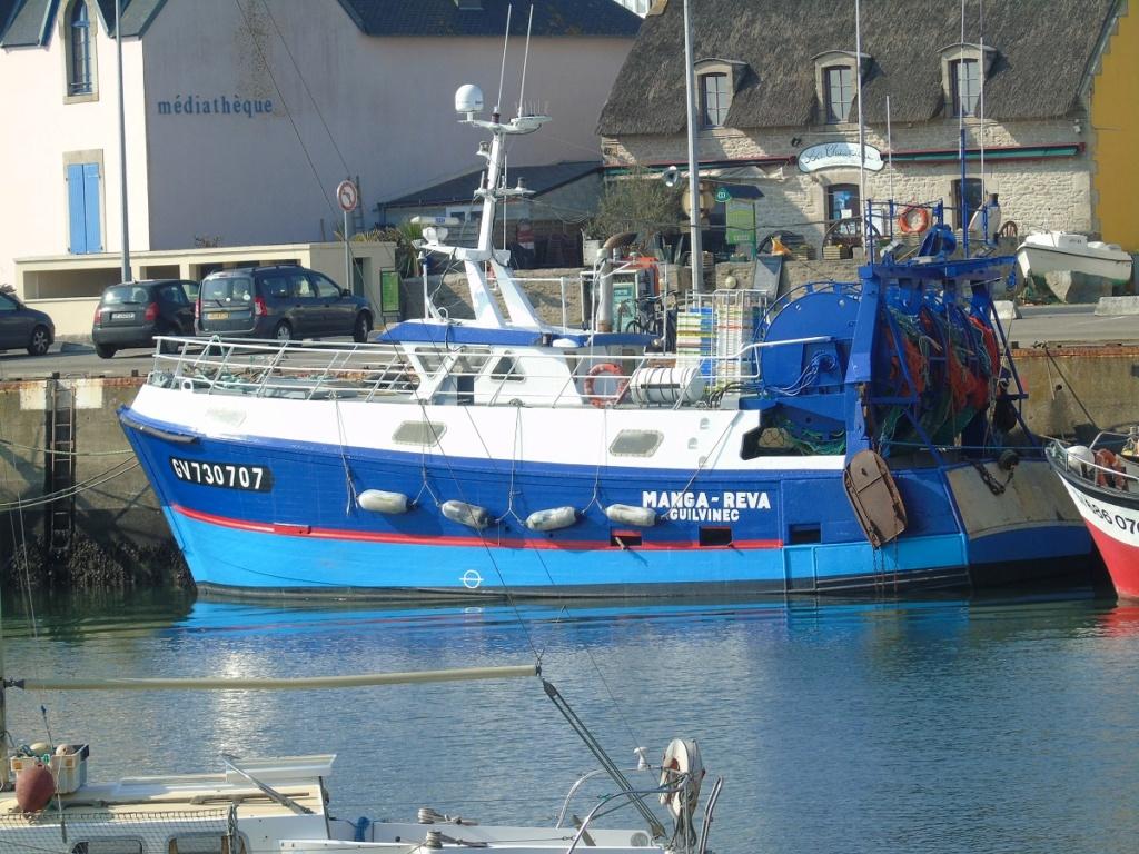 [VIE DES PORTS] Quelques bateaux de pêche (sur nos côtes Françaises) - Page 10 Dsc00411