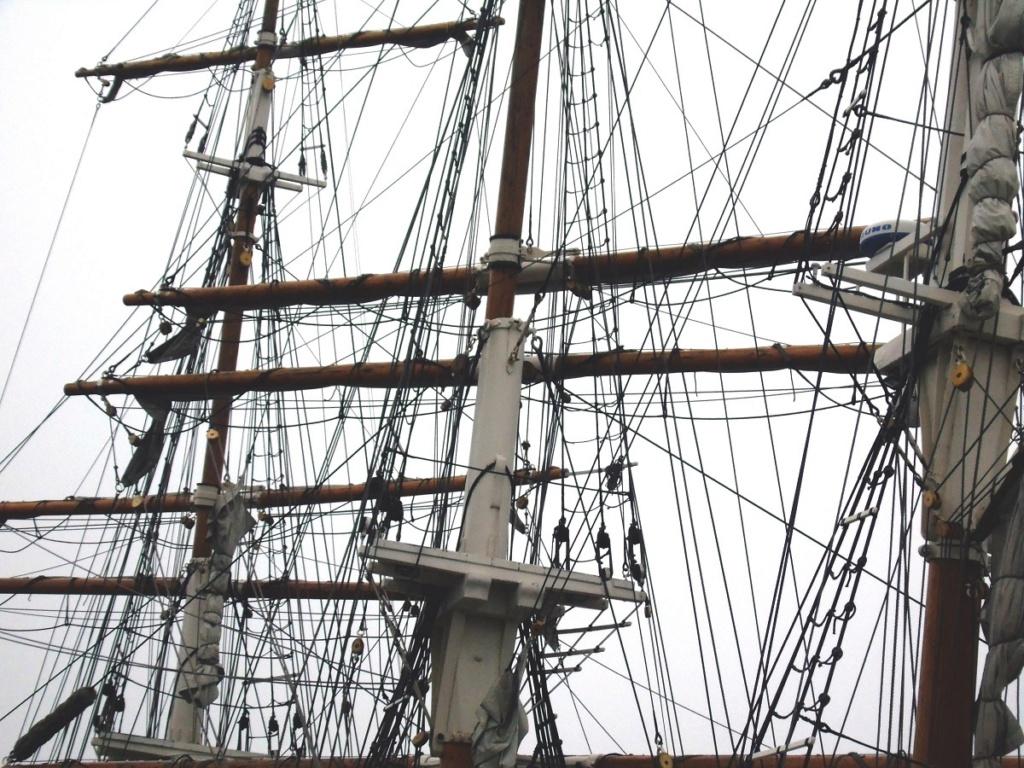 [ Marine à voile ] Vieux gréements - Page 9 Dsc06913