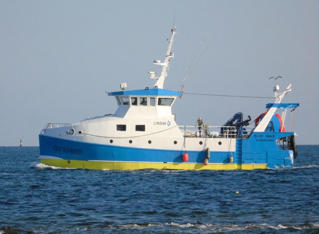 [VIE DES PORTS] Quelques bateaux de pêche (sur nos côtes Françaises) - Page 13 Zgv212