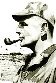 Personnages favoris historiques ou fantastiques, fumeur de pipe évidemment,  - Page 2 Bigear10