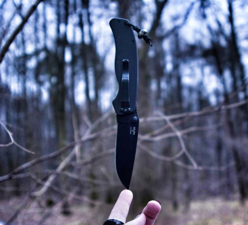 Приметы с ножом Yqckur10