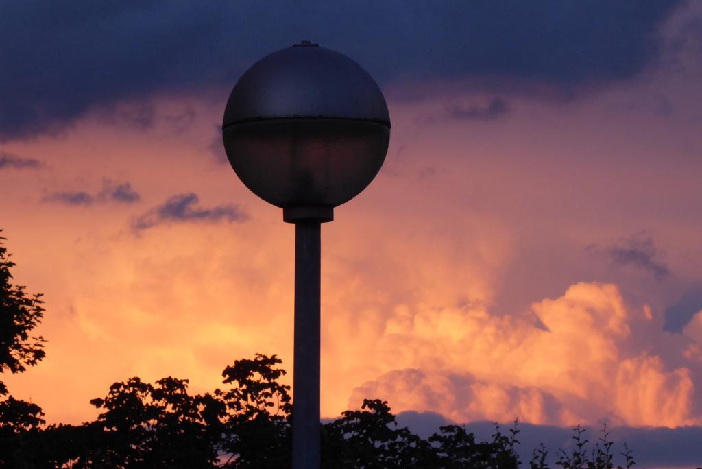 Wolkenstimmung bei Sonnenuntergang P1020314