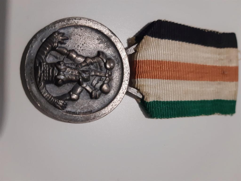Identification medaille Afrikakorps germano italienne  20201212