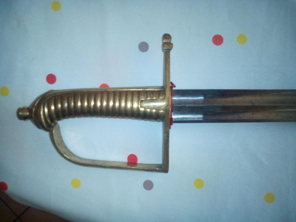 Aide à identification sabre marine et briquet Img_2011