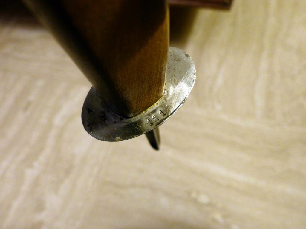 Identification et estimation couteaux/poignards P1110030