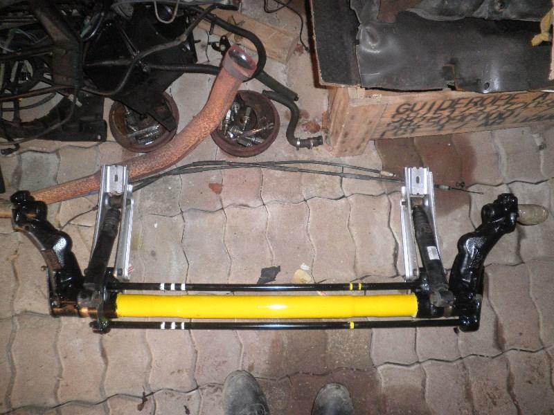 [35] 205 GTI 1L6 - 115cv - AM 88 - Rouge Vallelunga Fx_35_43