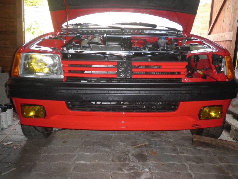 [35] 205 GTI 1L6 - 115cv - AM 88 - Rouge Vallelunga P9220110