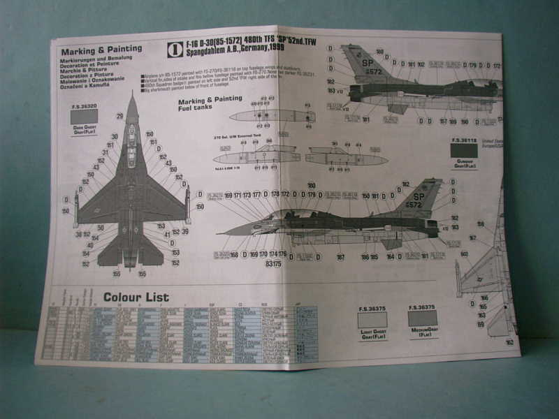 Multi-présentations MASTERCRAFT d avions au 1/72ème Imag0029