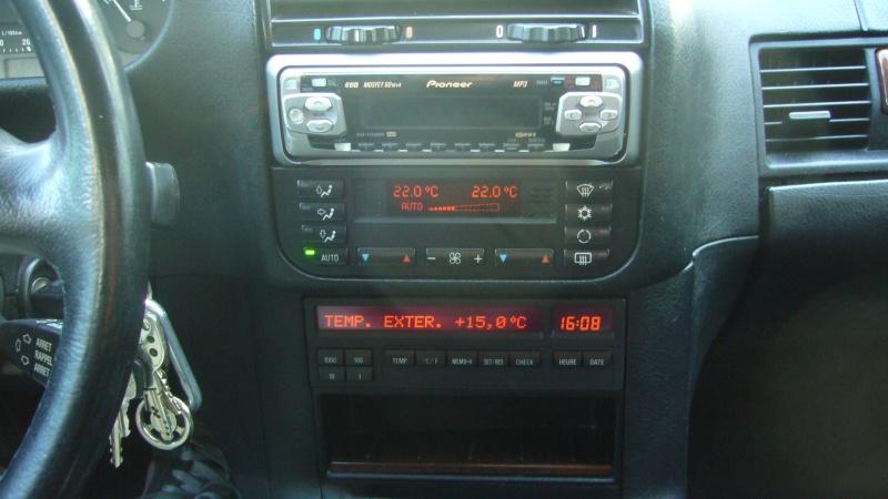 Quel poste equipe votre voiture, on vous ecoute P1010510