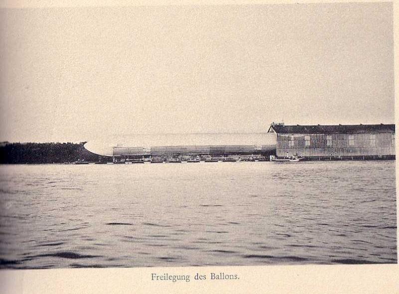 Premier vol du Zeppelin LZ1 Zeppel11