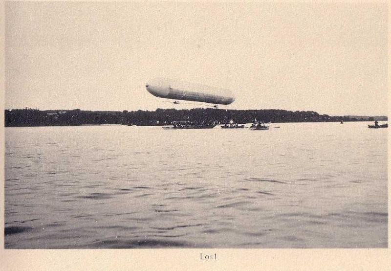 Premier vol du Zeppelin LZ1 Zeppel12