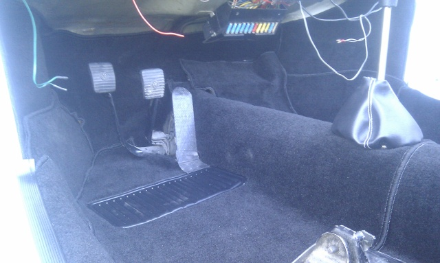 1303 cab: Des watts dans le confort, en tout discrétion Imag0213
