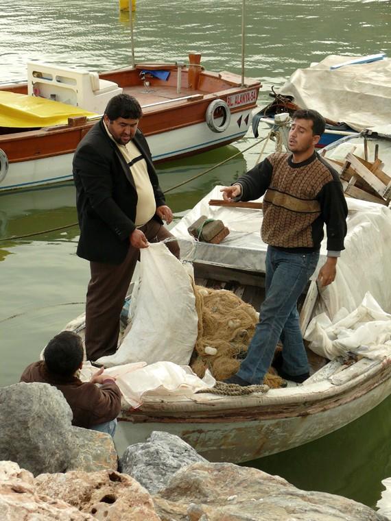 Le port de Side (Turquie) et ses pêcheurs... Pt_tur15