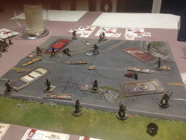 Parties de Walking Dead All Out War (de Mantic Games) Scénario de campagne et jeu compétitif Img_0117