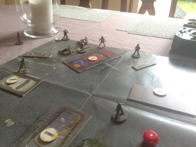 Parties de Walking Dead All Out War (de Mantic Games) Scénario de campagne et jeu compétitif Img_0123