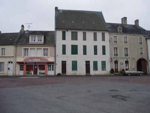 Avant-Après Normandie 1944/2007 Travia11