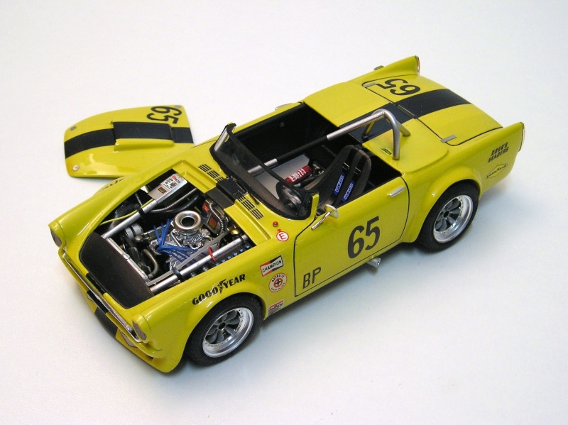 Sunbeam Tiger scca 00210